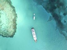 Widok z lotu ptaka piaskowaci palec u nogi wyspy, Bahamas Wyrzucać na brzeg Obrazy Stock