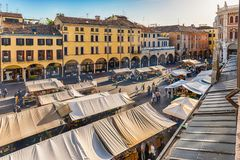 Widok z lotu ptaka piazza Erbe, targowy kwadrat w Padua, Włochy Obrazy Royalty Free