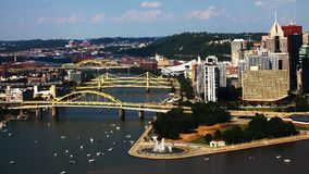 Widok z lotu ptaka Pittsburgh, Pennsylwania linia horyzontu fotografia royalty free