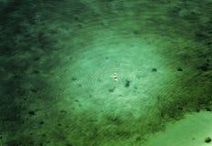 Widok z lotu ptaka plaża z zielenią nawadnia i pływaczka Nafplion miasto, Grecja fotografia stock