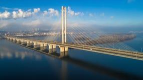 Widok z lotu ptaka Południowy most Widok z lotu ptaka Południowego metra kablowy most Kijów, Ukraina Obraz Royalty Free