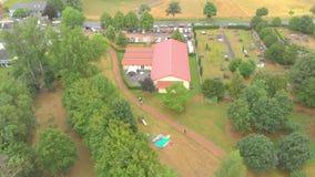 Widok Z Lotu Ptaka podmiejscy domy Germany 4K zbiory