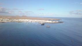 Widok z lotu ptaka port Corralejo zdjęcie wideo