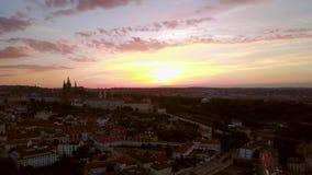Widok Z Lotu Ptaka Praga z kasztelem na horyzoncie zbiory
