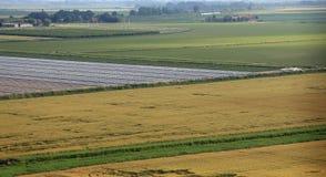 widok z lotu ptaka równina z polami w po dolinie w Italy fotografia royalty free