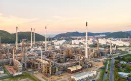 Widok z lotu ptaka rafineria ropy naftowej Przemysłowy widok przy rafinerii ropy naftowej rośliną f Obrazy Royalty Free