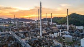 Widok z lotu ptaka rafineria ropy naftowej Przemysłowy widok przy rafinerii ropy naftowej rośliną f Zdjęcie Stock