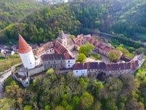 Widok z lotu ptaka Średniowieczny grodowy Krivoklat w republika czech Fotografia Stock