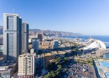Widok z lotu ptaka Santa Cruz de Tenerife linia horyzontu wzdłuż wybrzeża, C Zdjęcia Stock