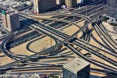 Widok z lotu ptaka skrzyżowanie w W centrum Dubaj Obrazy Stock