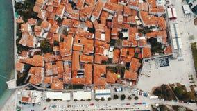 Widok z lotu ptaka stary miasteczko w Budva, Montenegro zdjęcie wideo