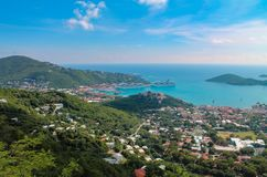 Widok z lotu ptaka statku wycieczkowego schronienie St Thomas wyspa USA Dziewicze wyspy w Karaiby zdjęcie royalty free