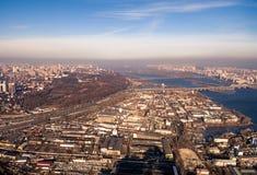 Widok z lotu ptaka strefa przemysłowa i technologia park blisko Dnipro rzeki Obrazy Stock