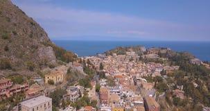 Widok z lotu ptaka Taormina - sławny kurort w Sicily zbiory wideo