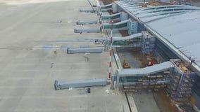 Widok z lotu ptaka terminale i wierza Widok z lotu ptaka Lotniczy park blisko Krakow centrum miasta Lotniskowy terminal, powietrz Obraz Stock