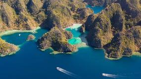 Widok z lotu ptaka tropikalna laguna, morze, pla?a tropikalna wyspa Busuanga, Palawan, Filipiny fotografia stock