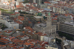 Widok z lotu ptaka urząd miasta Porto i kościół trin Obraz Stock