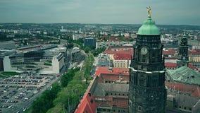 Widok z lotu ptaka urzędu miasta zegarowy wierza i townscape Drezdeński Obrazy Royalty Free
