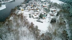 Widok z lotu ptaka vilage przy zimą zdjęcie wideo