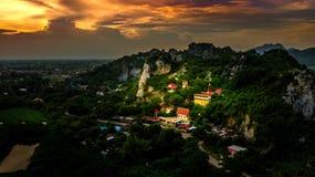 Widok Z Lotu Ptaka Wata Tum Chang Tasala Gubernialny Lopburi Thailand Unsee Zdjęcia Royalty Free