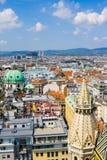 Widok z lotu ptaka Wiedeń jak widzieć od Świątobliwej Stephan katedry (Stephansdom) Zdjęcia Stock