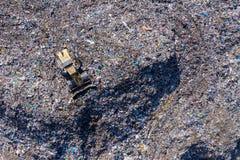 Widok z lotu ptaka wielki wysypisko Jałowy śmieciarski usyp, zanieczyszczenie środowiska obrazy stock