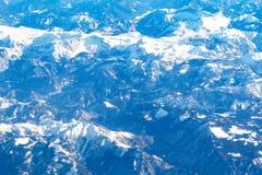widok z lotu ptaka wierzchołki Alps halni od samolotu zdjęcia royalty free