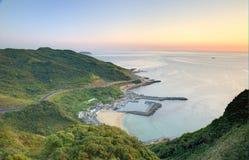 Widok z lotu ptaka wioska rybacka przy świtem na północnym wybrzeżu Taipei Tajwan Obraz Royalty Free