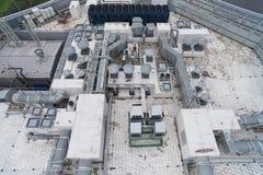 Widok z lotu ptaka wyposażenie na dachu nowożytny budynek Fotografia Stock