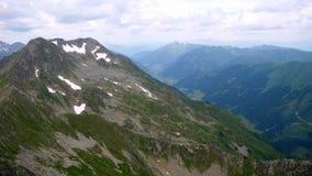 Widok Z Lotu Ptaka Wysoki Alpejski Halny szczyt w Austria zbiory
