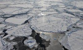 Widok z lotu ptaka zamarznięty Arktyczny ocean Fotografia Royalty Free