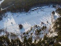 Widok z lotu ptaka zimy narty baza zdjęcia royalty free