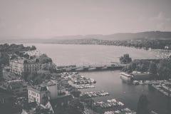 Widok z lotu ptaka Zurich centrum miasta i jezioro Zurich, Szwajcaria obrazy stock