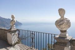 Widok z statuami od miasta Ravello, Amalfi wybrzeże, Włochy, Obraz Royalty Free