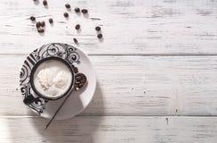 Widok z wierzchu filiżanki świeża kawa i adra kawa Fotografia Stock