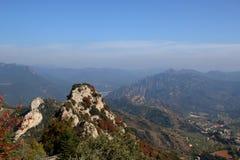 Widok z wierzchu góry z falezą w forground zdjęcie stock