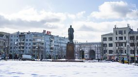 Widok zabytek maksyma Gorky, był pisarzem, założycielem socjalistycznego realizmu literacka metoda i po Rosyjskim i Radzieckim, fotografia stock