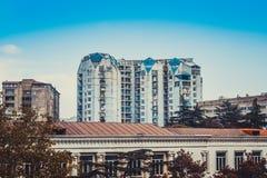 Widok zamieszkany kondygnacja budynek w Gruzja, Tbilisi zdjęcie royalty free