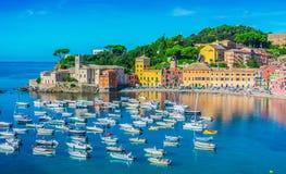 Widok zatoka cisza w Sestri Levante, Włochy zdjęcia royalty free