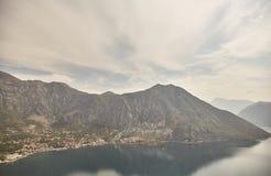 Widok zatoka Kotor od obserwacja pokładu Montenegro Lato fotografia stock