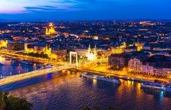 Widok zmierzch nad Budapest fotografia stock