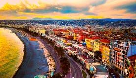 Widok zmierzch przy morzem morze śródziemnomorskie, zatoka aniołowie, Cote d ` Azur, Francuski Riviera, Ładny, Francja obraz stock