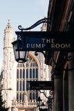 Widok znak przy wejściem Pompowy pokój, skąpanie, UK obrazy royalty free