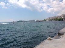 Widoki Bosphorus od Dolmabahce pałac, Istanbuł, Turcja Zdjęcie Stock