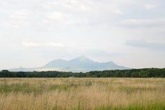 Widoki góra Beshtau, Kaukaz, Rosja fotografia stock