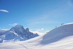 Widoki górscy w Chamonix podczas gdy Narciarski krajoznawstwo fotografia royalty free