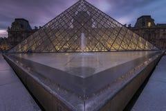 Widoki louvre muzeum w Paris Zdjęcia Royalty Free