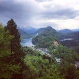 Widoki od podwyżki Neuschwanstein kasztel Fotografia Royalty Free