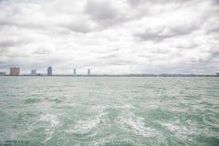 Widoki Pattaya od statku w zatoce Tajlandia Zdjęcie Royalty Free