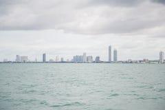Widoki Pattaya od statku w zatoce Tajlandia Zdjęcia Royalty Free